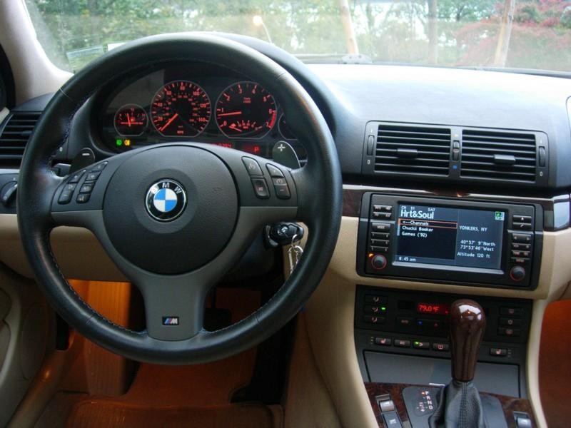 BMW E46 OEM Navigation 16:9 CD Monitor with SMG M Sport steering wheel