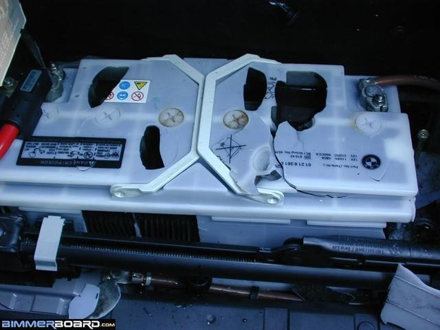 Pictorial discussion of charging, testing, removing, & replacing the BMW E39 battery by bluebee
