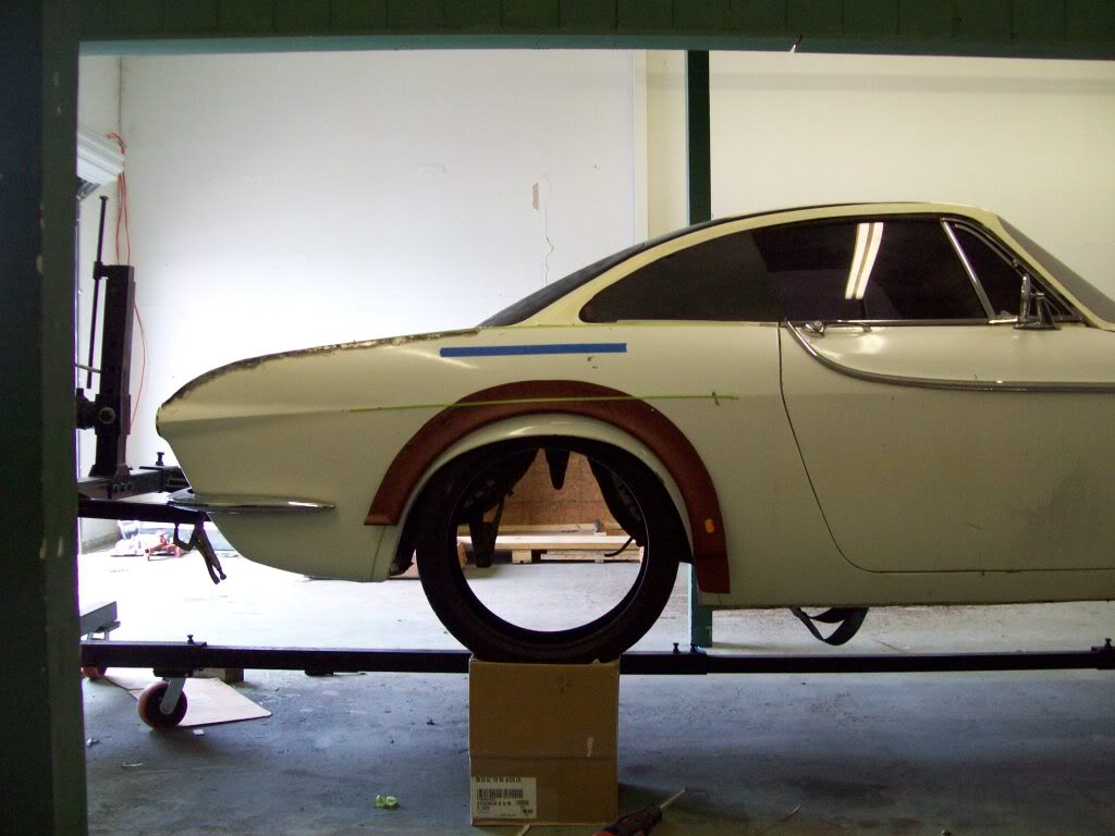 Volvo P1800 rear wheel arches