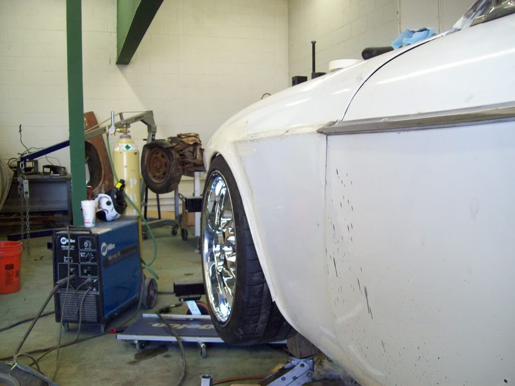 Volvo P1800 setting ride height