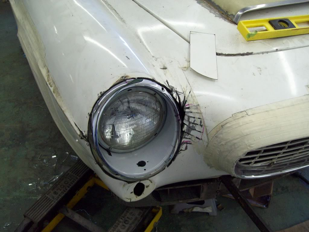 Volvo P1800 headlight