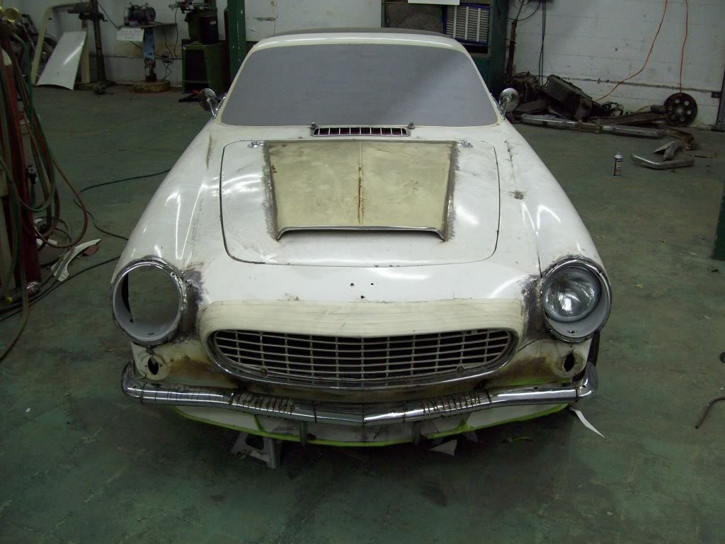 Volvo P1800 custom body