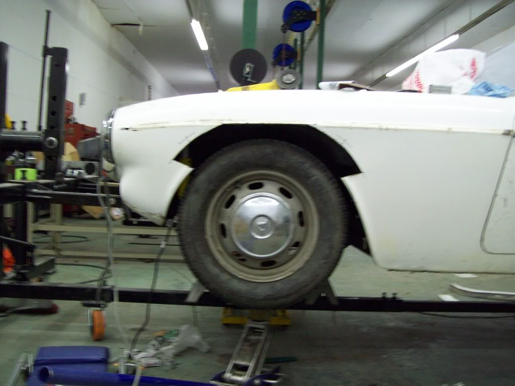 Volvo P1800 custom fender