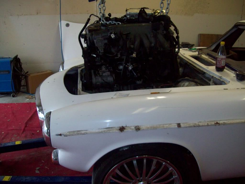 66 Volvo P1800 engine removal