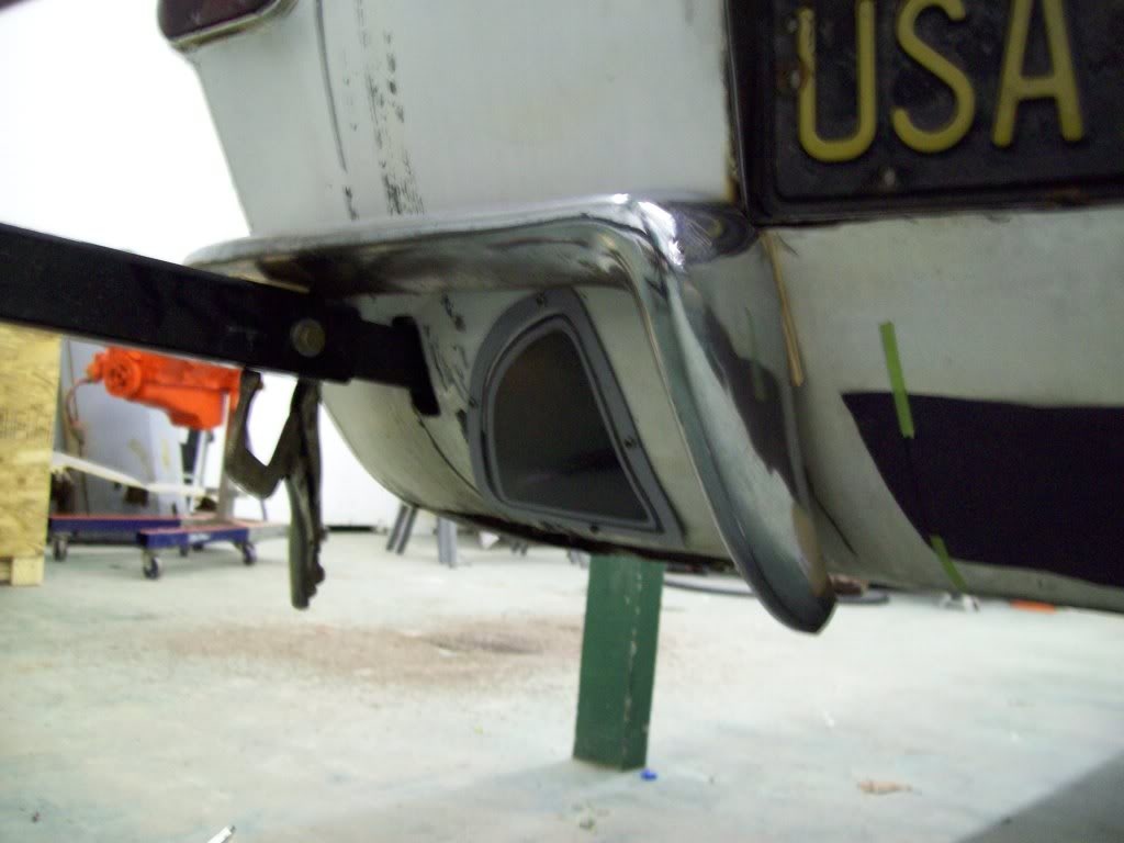Volvo P1800 custom exhaust port rear