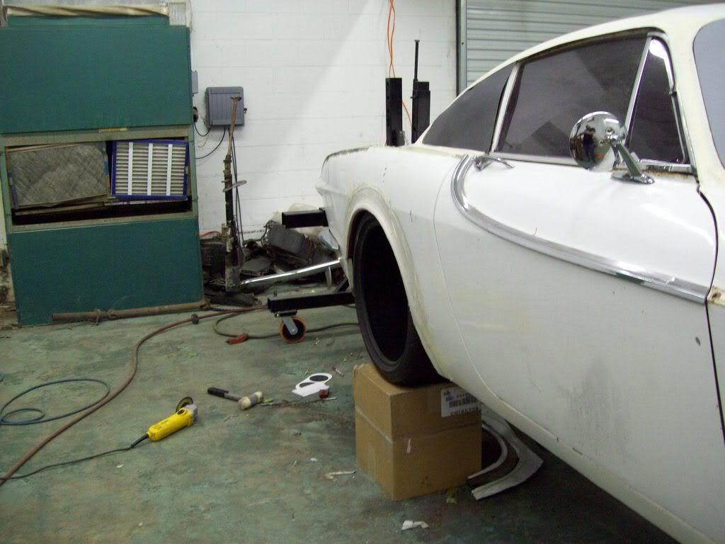Volvo P1800 wheel fitment