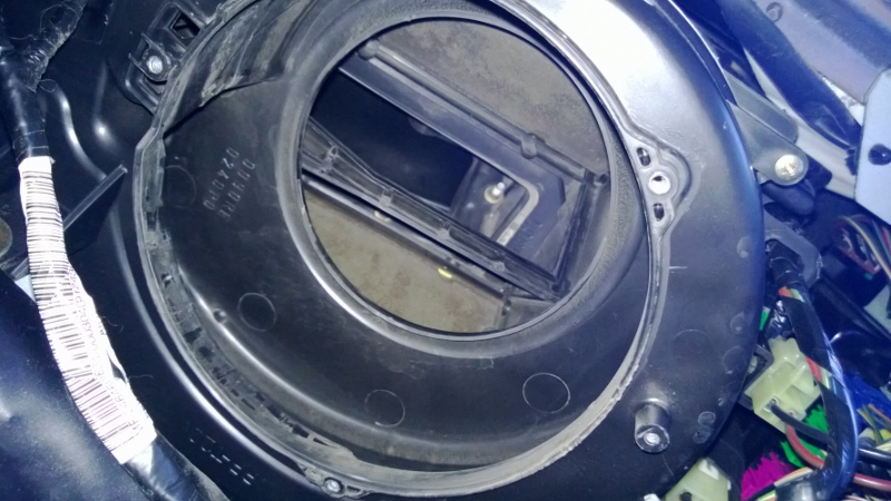 A  C Heater Blower Motor Removal  Cleaning  Oiling