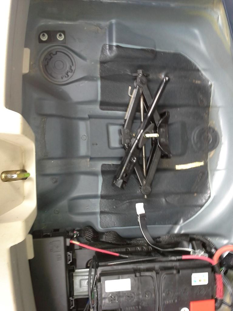 2010 Pontiac G6 Rear Fuse Box : Chrysler touring fuse box rear pontiac g