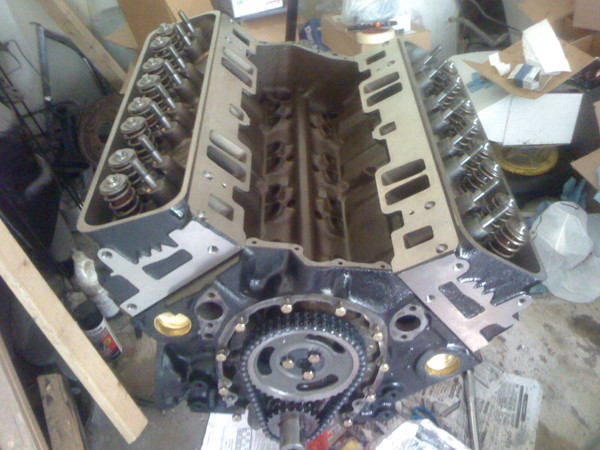 engine block with pistons