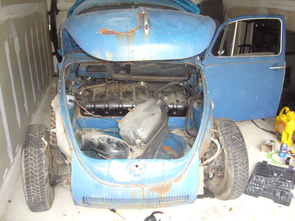1973 VW Super Beetle dismantling