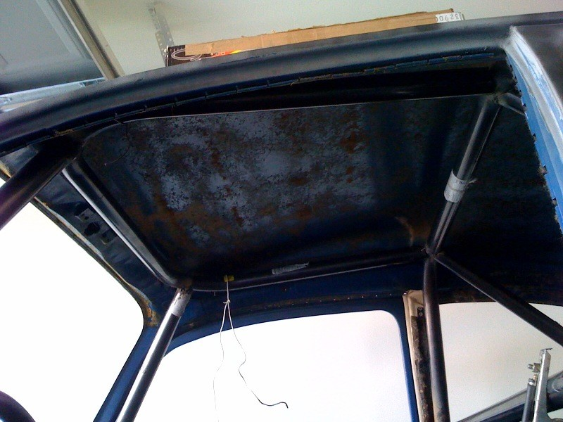 VW Beetle roll cage