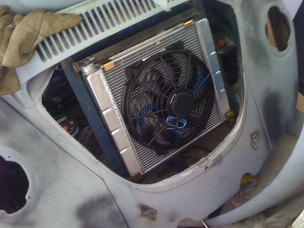 radiator and fan in VW Beetle